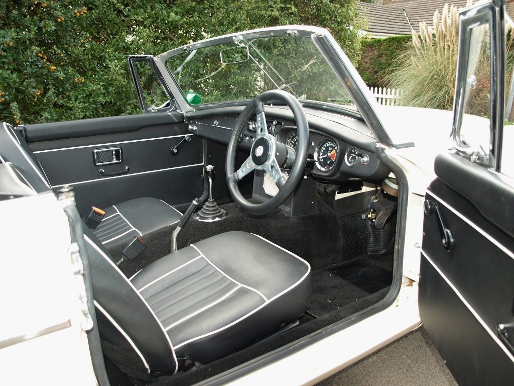 1968 MGC Roadster - 3