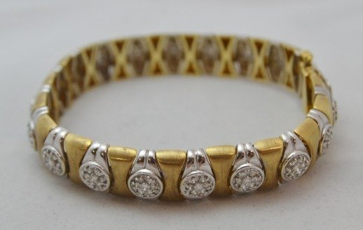 18K Gold Bracelet w/ 1.75 ctw Diamonds