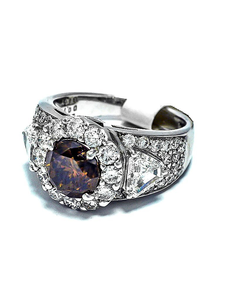 Platinum Ring with Exquisite Cognac Diamond