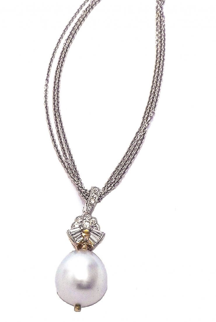 18 Kt South Sea Pearl & Diamond Necklace