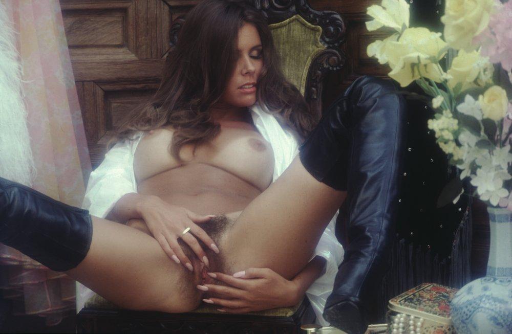 Corinne alphen nude