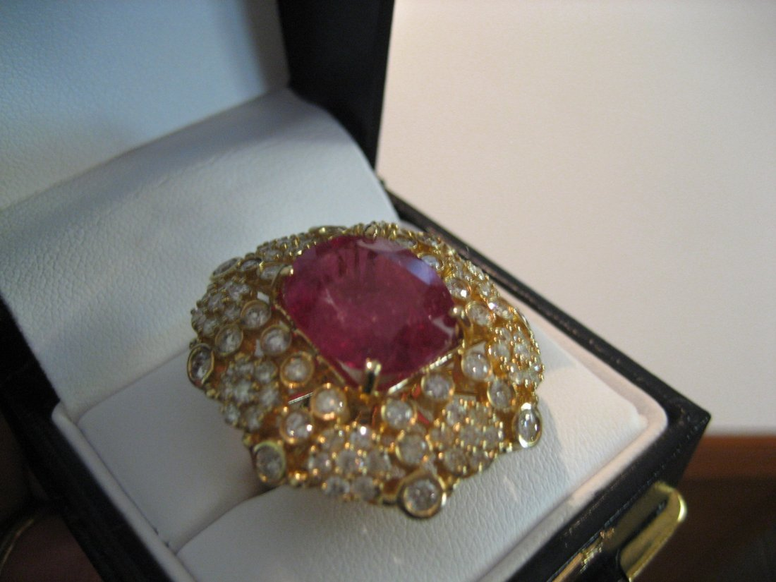 Diamond and Ruby ring 3.11 Cts Diamonds /8.43cts Ruby