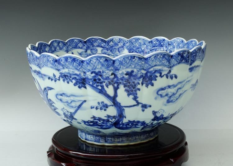Xuande Mark Chinese Ming BlW Porcelain Bowl $600000 USD
