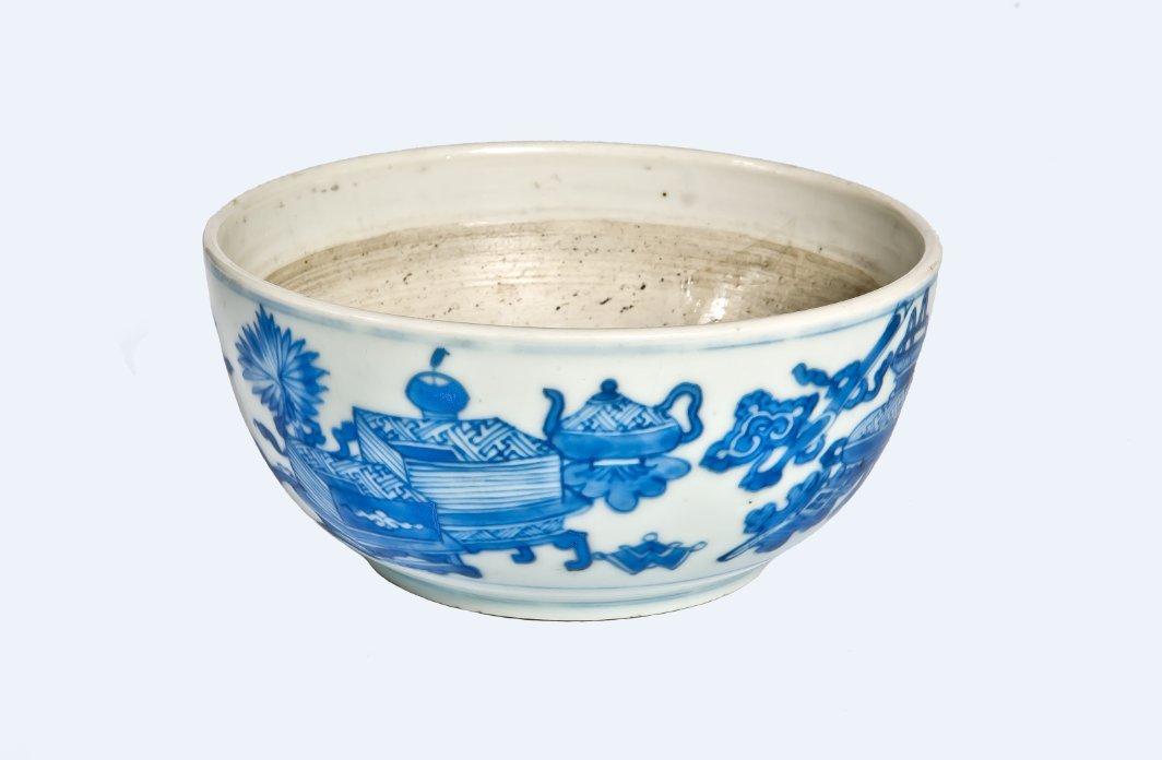 A superb blue and white porcelain bowl