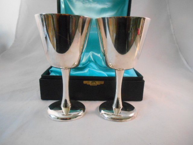 Burke & Wallace 264 Wine Chalice Gobblet Box Set - 2