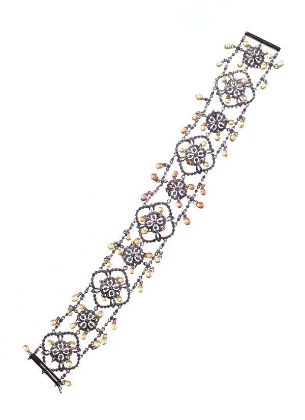 diamondBracelet18k 20g. Diamond 2.04ct. sapphire: