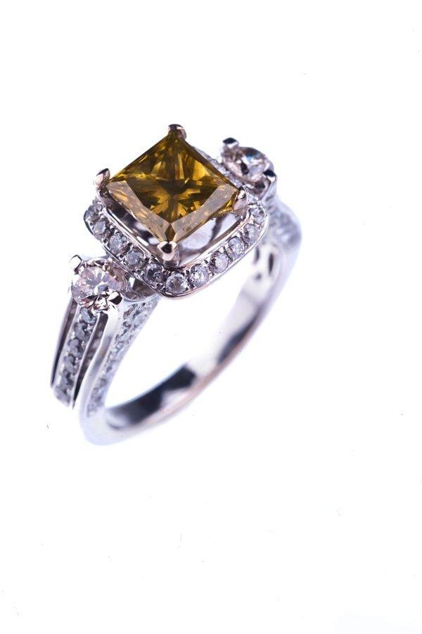 dye color diamond ring diamond: 2ct