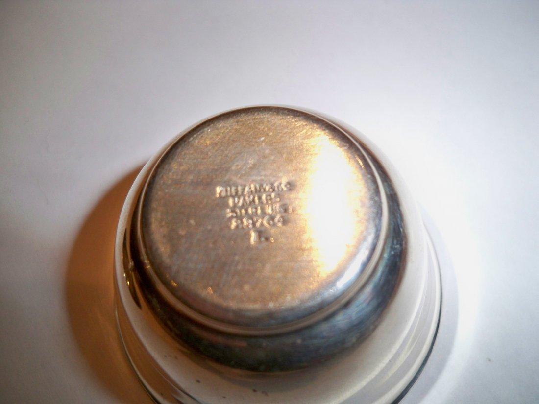 Tiffany & Co. Makers Sterling Silver Salt Cellar w/ Lid - 3