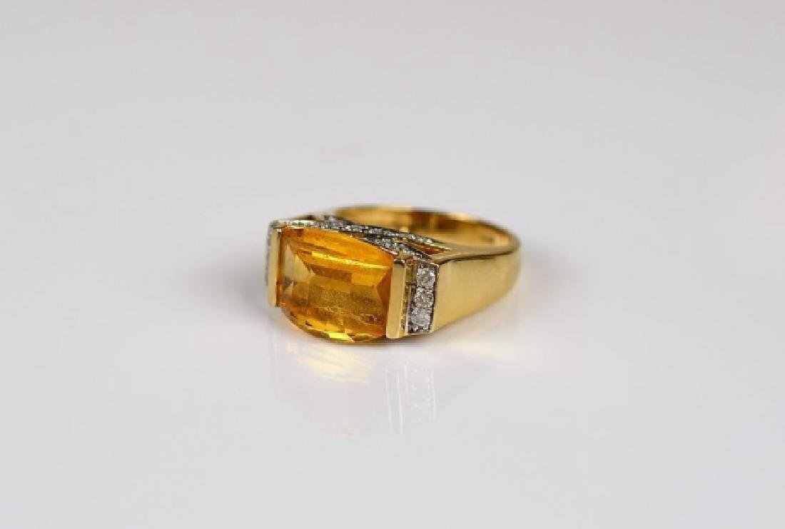 YELLOW GOLD CITRINE & DIAMOND COCKTAIL RING