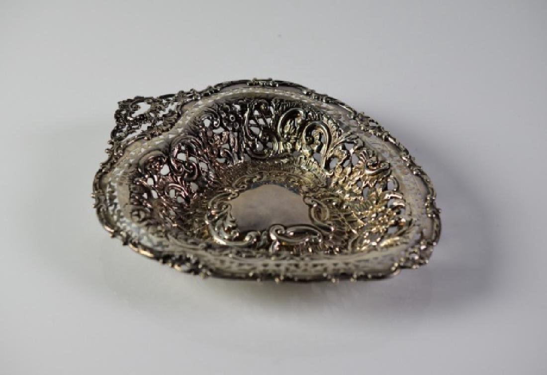 EDWARDIAN RETICULATED SILVER DISH