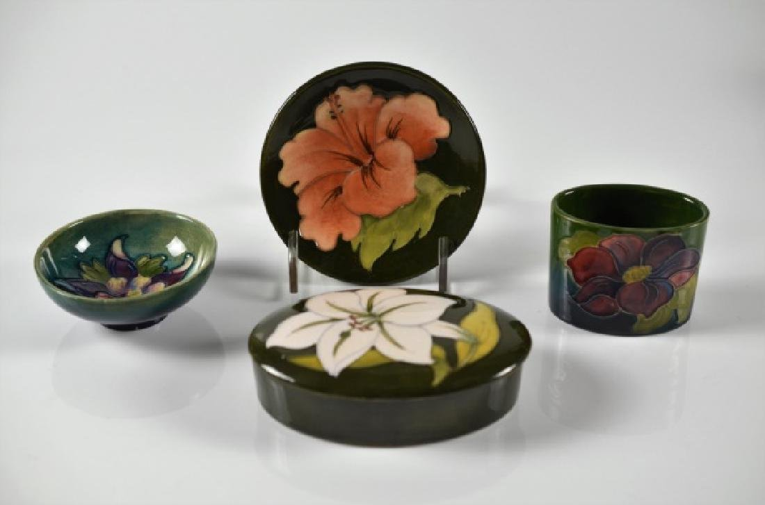 FOUR PIECES OF MOORCROFT POTTERY