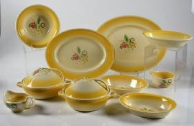 LOT OF SUSIE COOPER NOSEGAY PATTERN SERVING PIECES