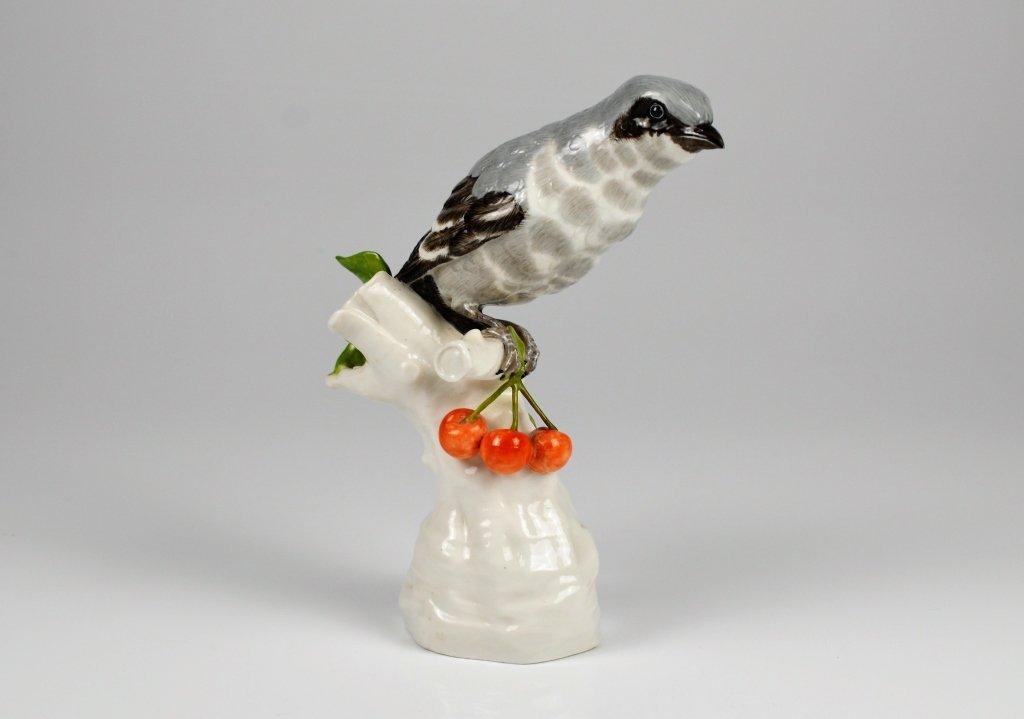 GERMAN PORCELAIN FIGURE OF A BIRD