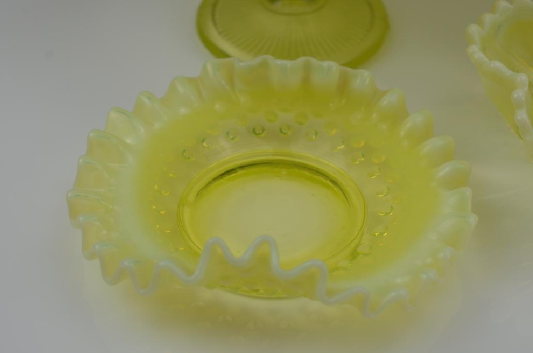 LOT OF VASELINE GLASS - 7
