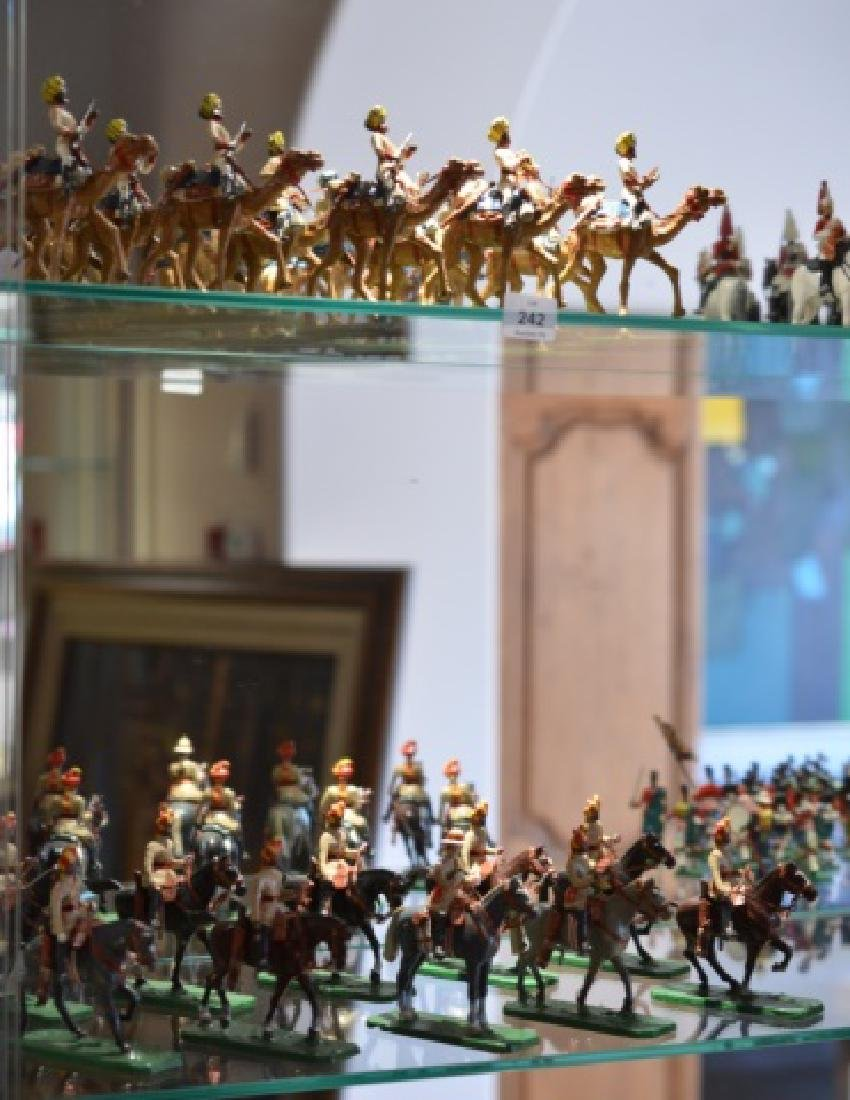 LOT OF MARLBOROUGH MILITARY MODEL LEAD SOLDIERS