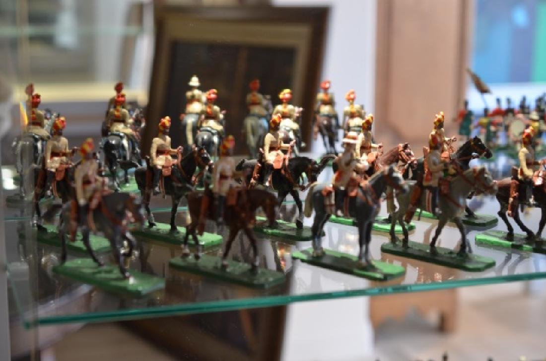 LOT OF MARLBOROUGH MILITARY MODEL LEAD SOLDIERS - 2