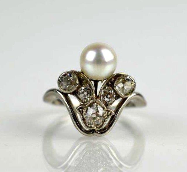 EDWARDIAN PLATINUM & DIAMOND RING