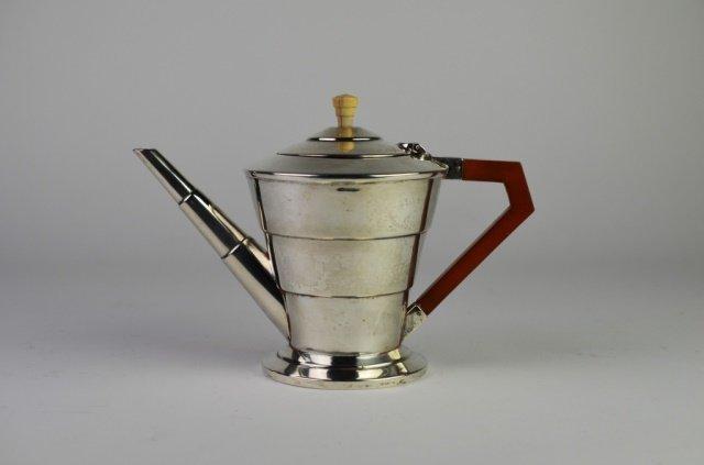 ENGLISH ART DECO SILVER TEA POT
