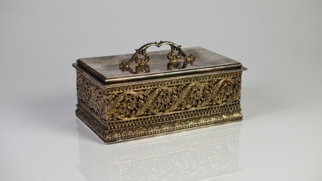 LARGE AMERICAN SILVER PLATE CASKET