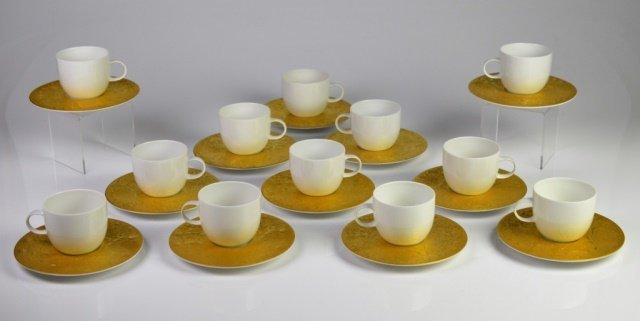 SARASTO MAGIC FLUTE GOLD PORCELAIN CUPS & SAUCERS