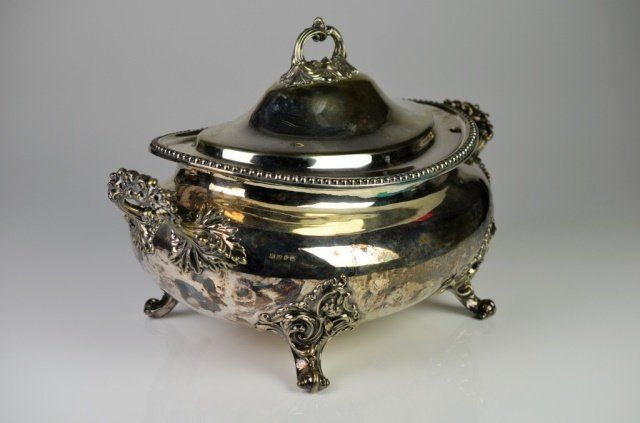 LARGE OLD SHEFFIELD SILVER PLATE TUREEN