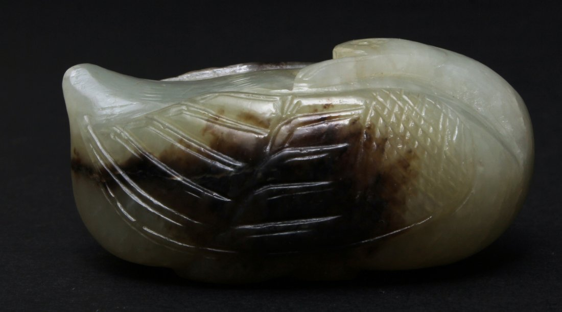 A CHINESE WHITE JADE QUAIL CARVED