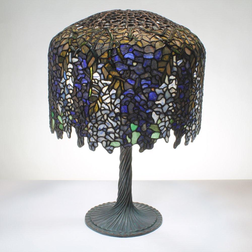18-inch Wisteria Tiffany-Inspired Gemstone Table Lamp
