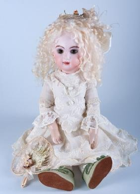 Mary Lambeth 1993 Doll