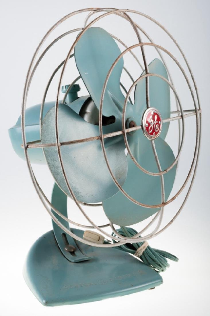 General Electric (GE) Oscillating Fan