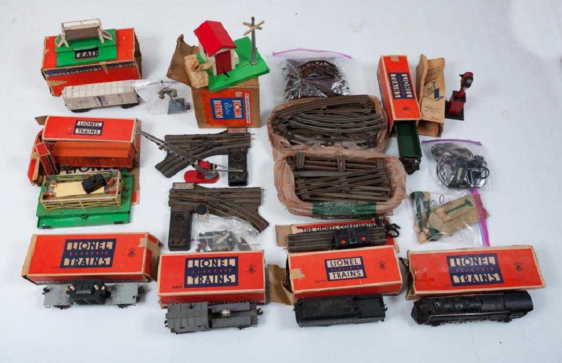 Lionel O-Gauge Train Set & Accessories