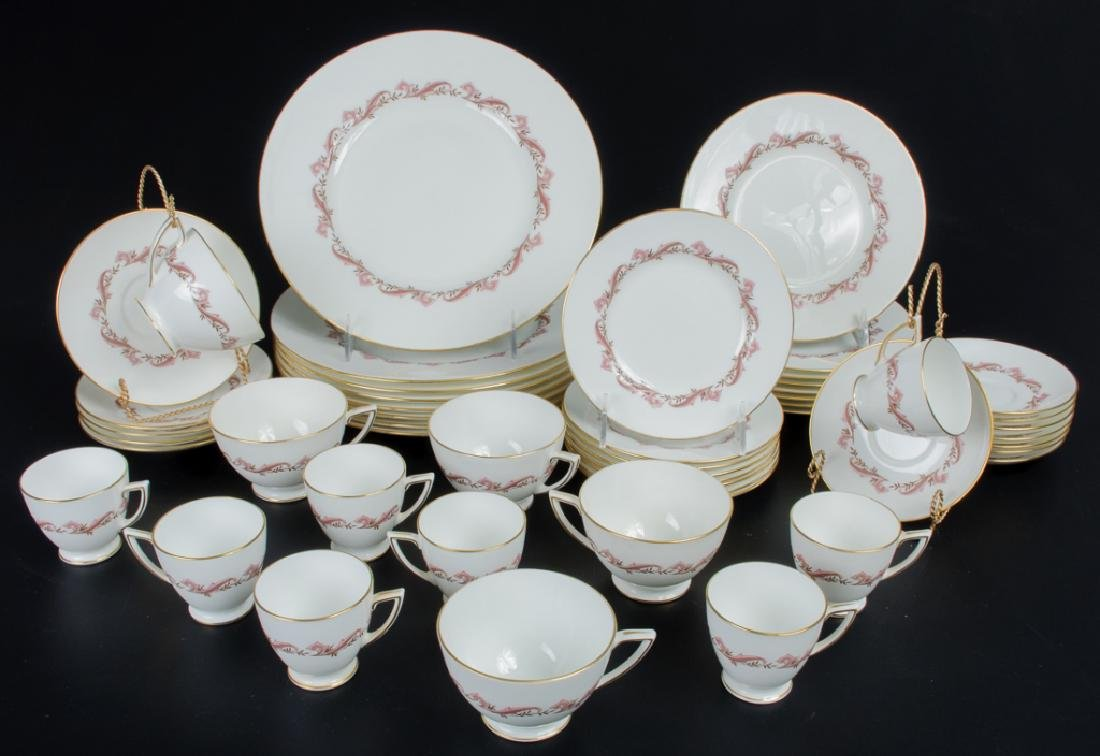 Minton Laurentian Pink Partial Dinner Service