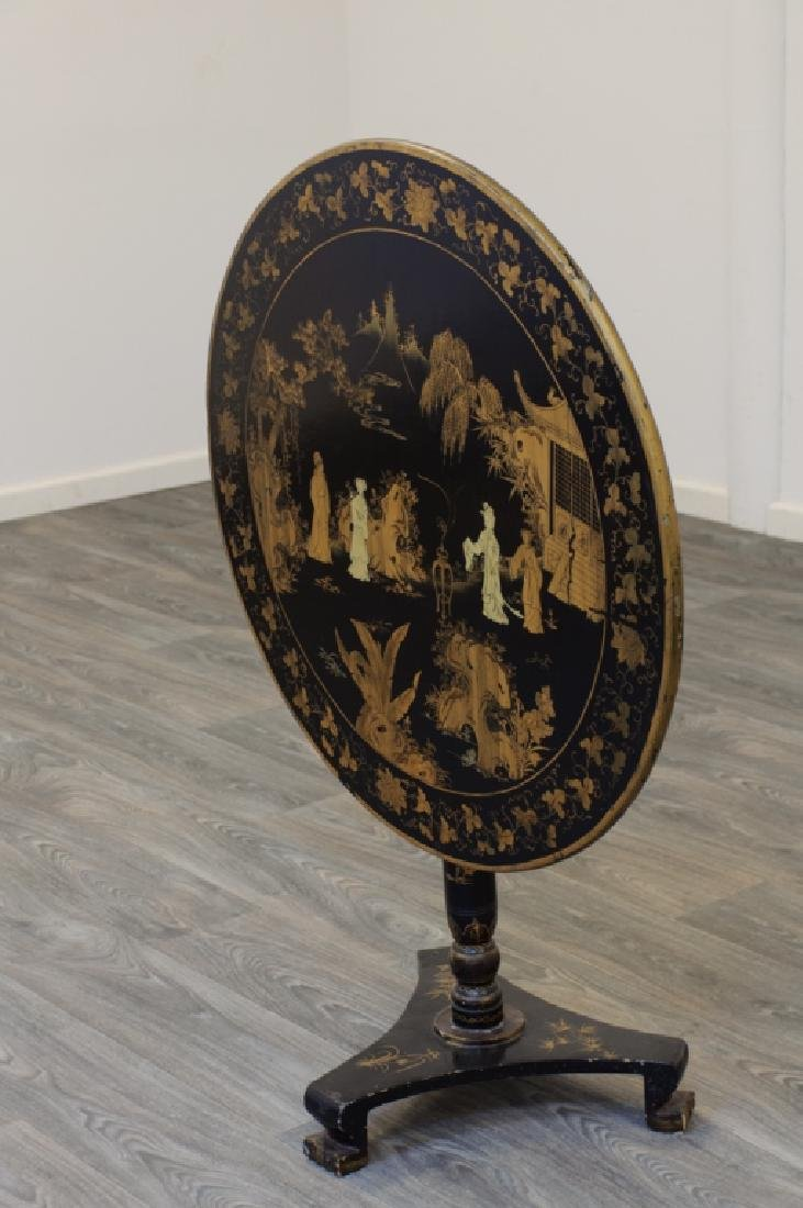 Chinese Export Tilt Top Table