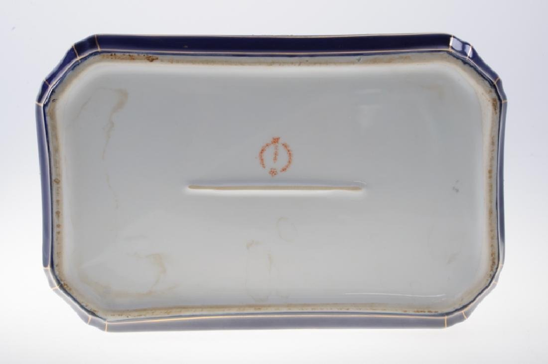 Continental Painted Porcelain Box - 10