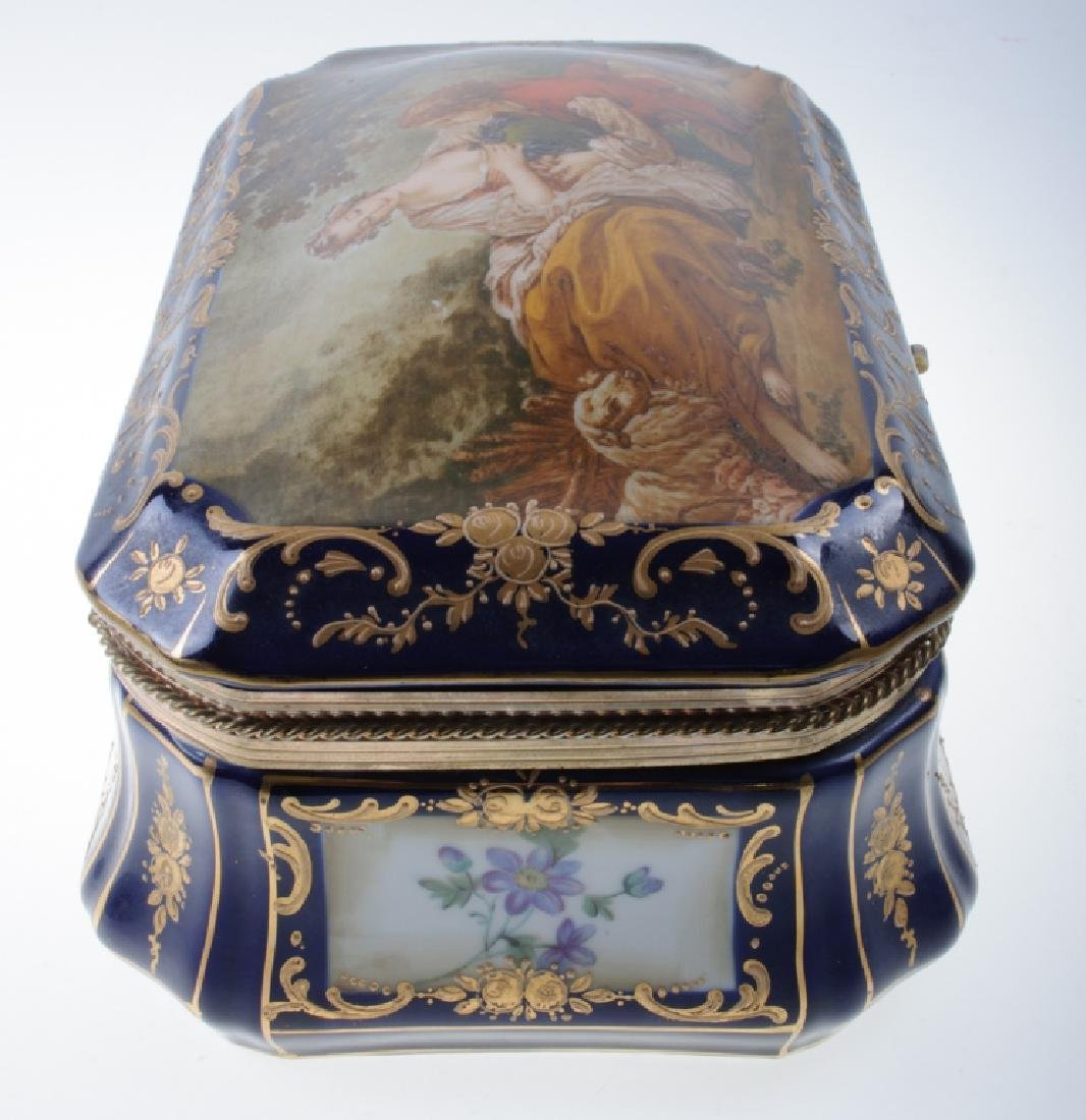 Continental Painted Porcelain Box - 7