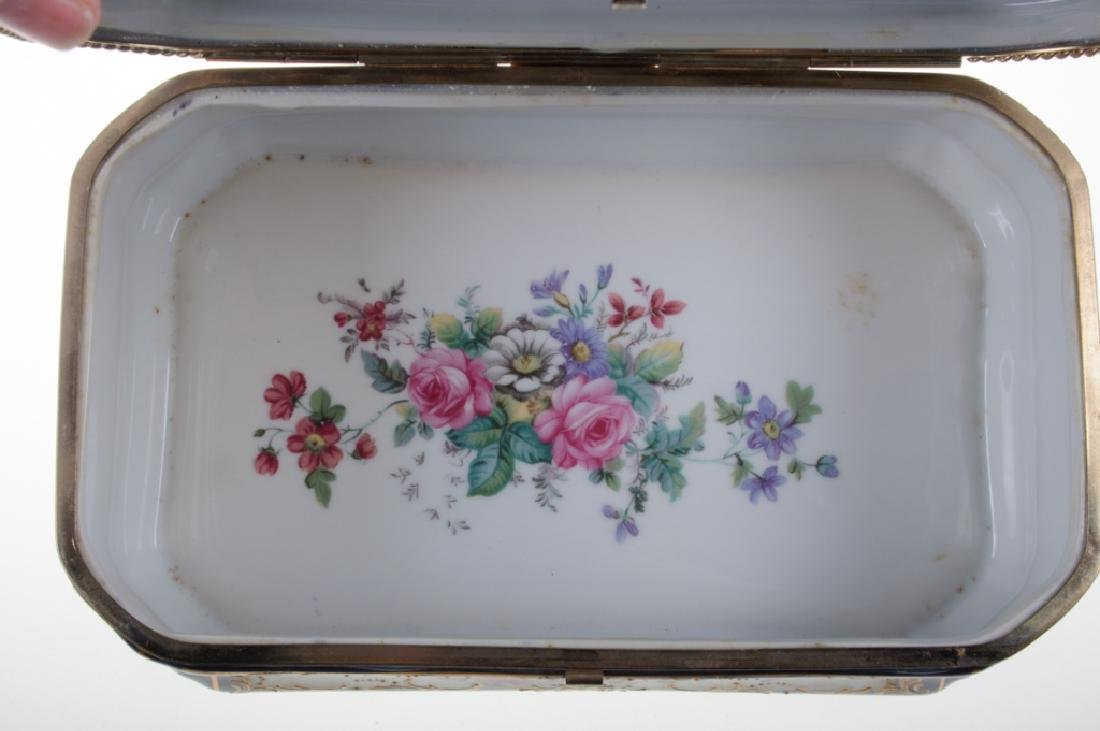 Continental Painted Porcelain Box - 9