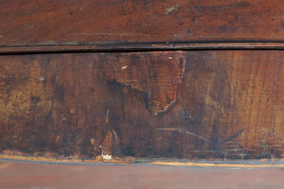 Mahogany Bow Front Chest L 18th / E 19th C - 10