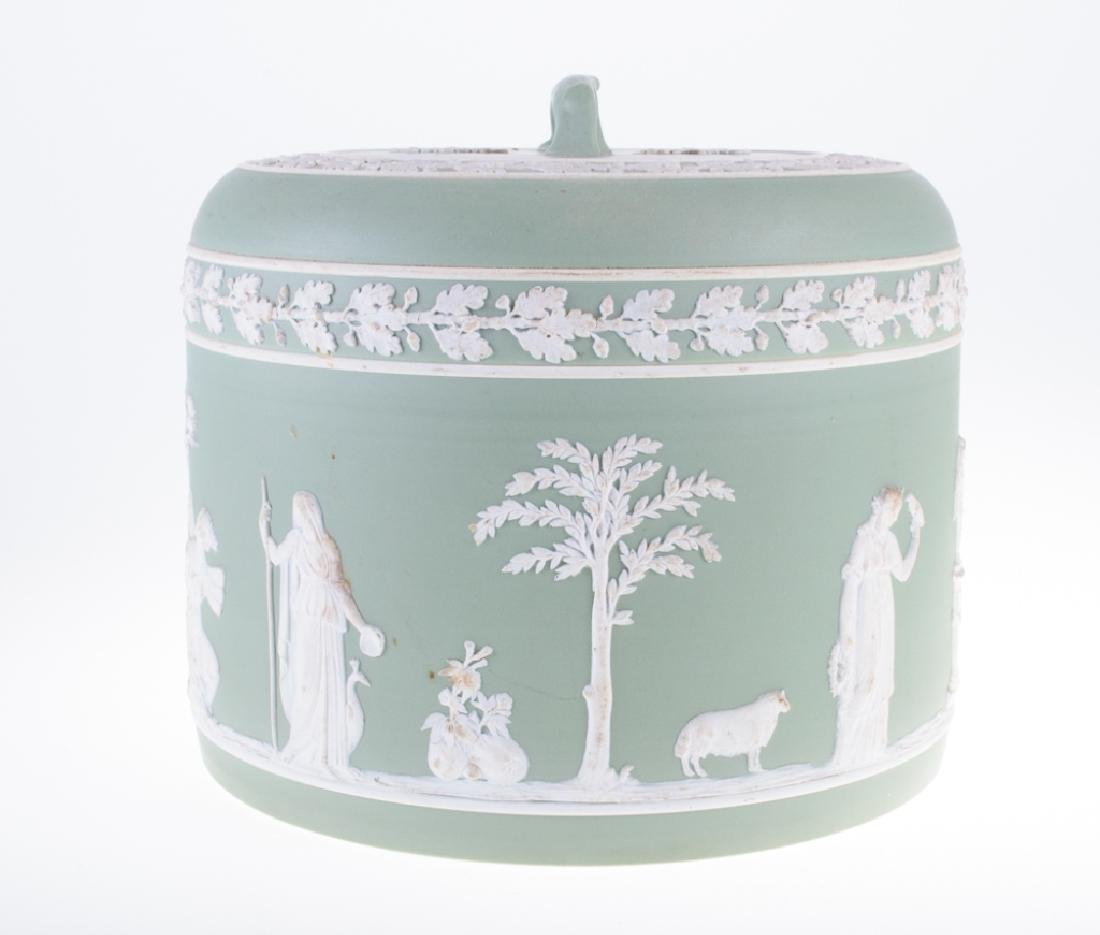 Wedgwood Jasperware Cheese Dome 1877 - 10