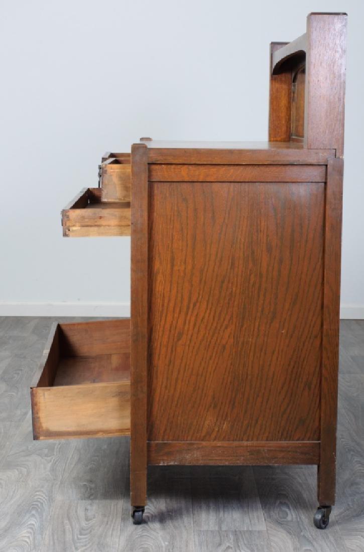 American Arts & Crafts Oak Sideboard - 3