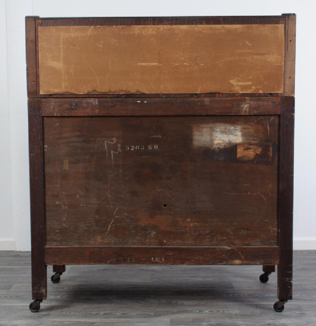 American Arts & Crafts Oak Sideboard - 4