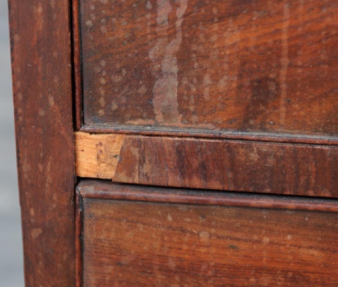 American Mahogany Chest of Drawers - 7