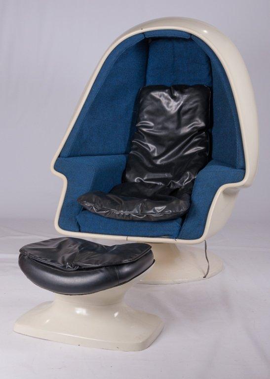 West Alpha Egg Pod Speaker Chair Set C 1960