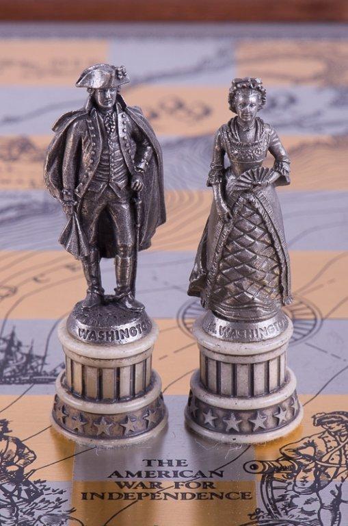 Franklin Mint Revolutionary War Chess Set - 8