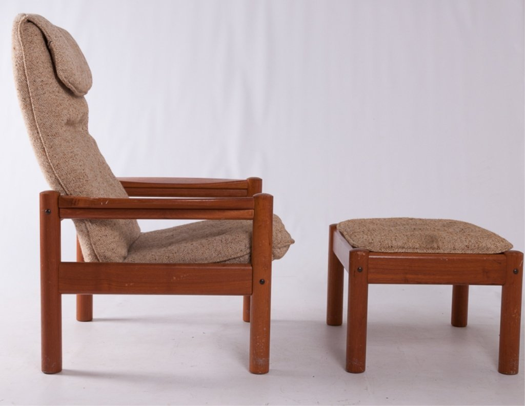 Domino Mobler Danish Lounge Chair & Ottoman - 3
