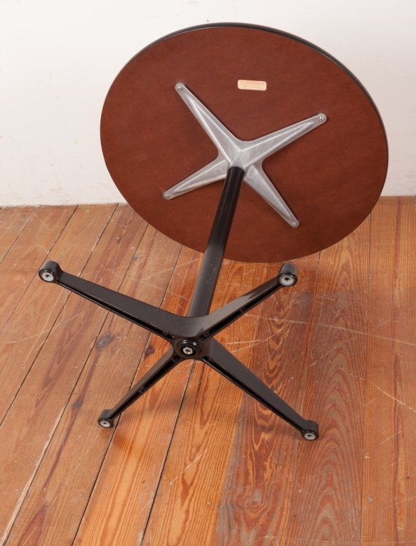Herman Miller Round Top Table - 3