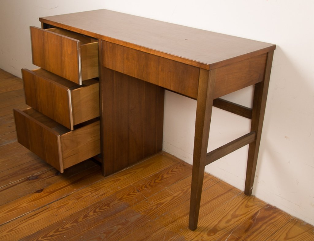 Bassett Furniture Mid-Century Desk - 3