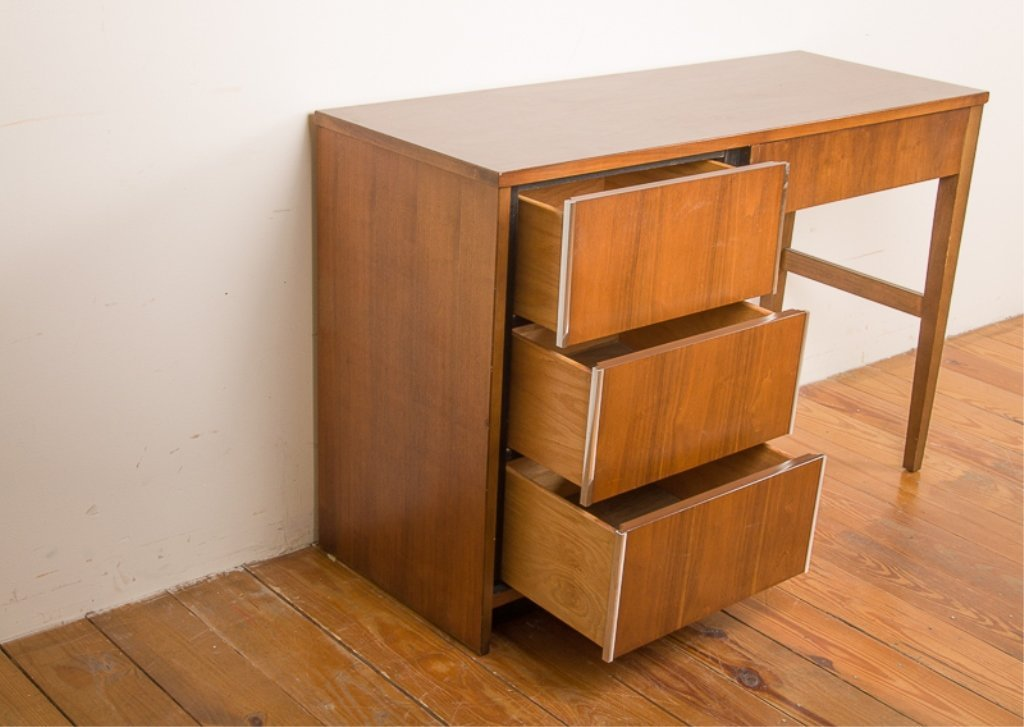 Bassett Furniture Mid-Century Desk - 4