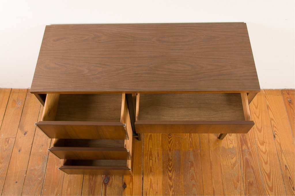 Bassett Furniture Mid-Century Desk - 5