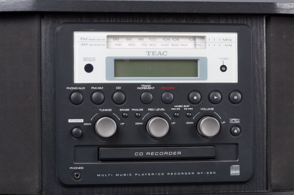 TEAC-GF-350 Multi Music Player CD Recorder - 7