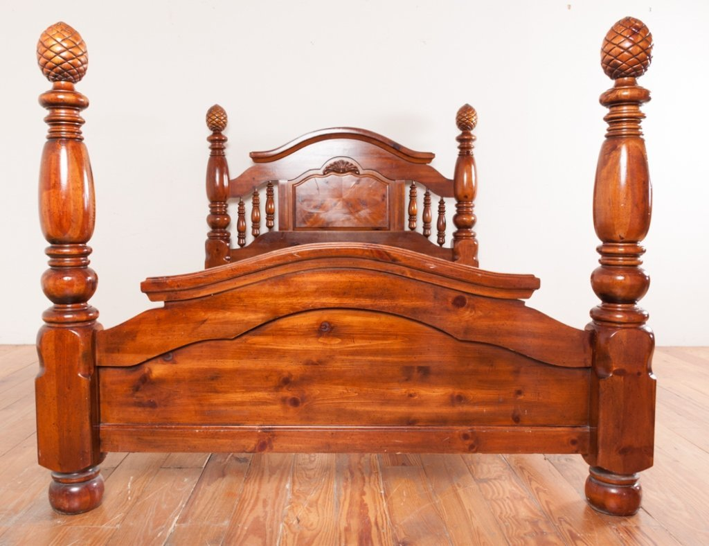 Queen Size Poster Bed - 3