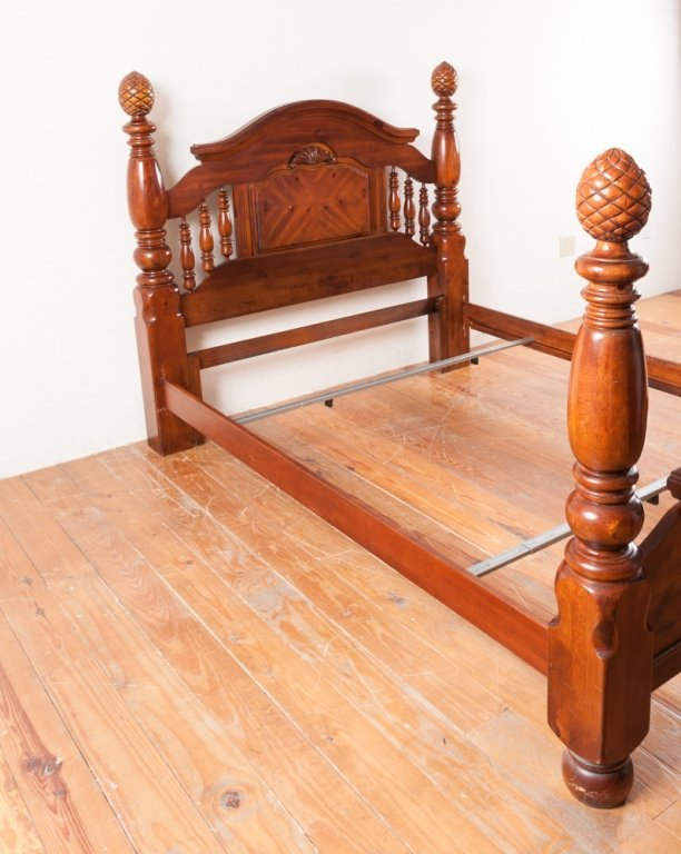 Queen Size Poster Bed - 5